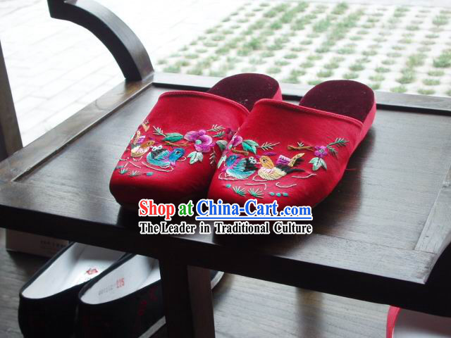 Chinese Handmade Embroidery Folk Slippers for Women (mandarin ducks)
