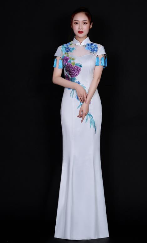 Large Peony Traditional Wedding Dress