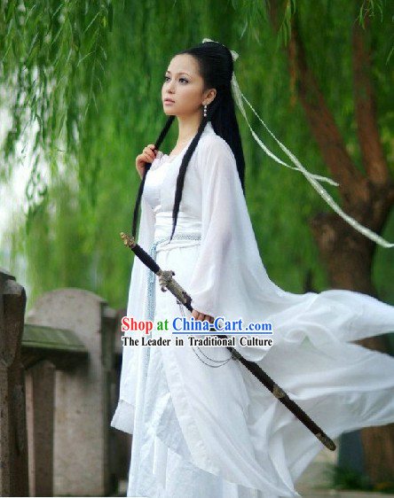Ancient Chinese Plain White Swordswoman Costumes