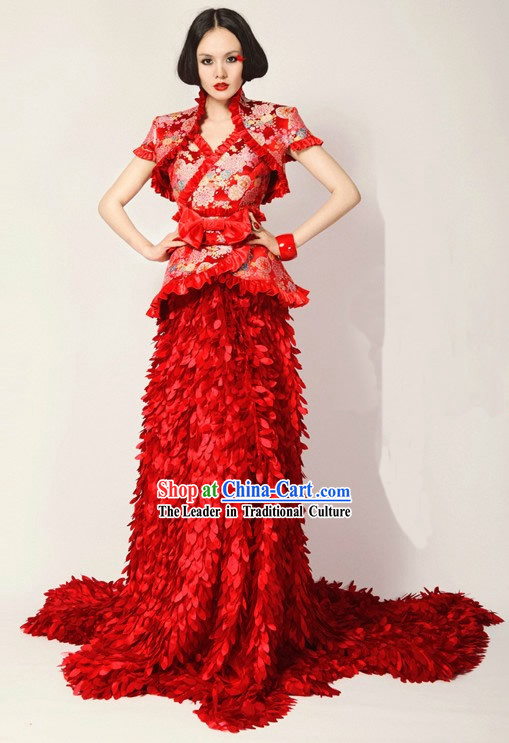 Chinese Classical Red Long Tail Wedding Evening Dress
