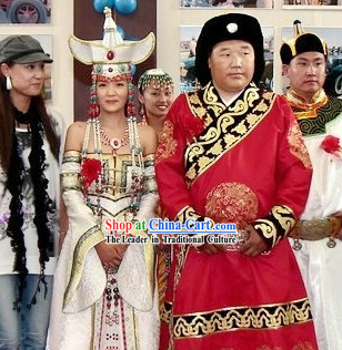Traditional Chinese Mongolian Wedding Dresses and Hats for Bride and Bridegrooms