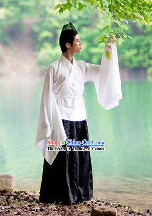 Ancient TV Drama Xiao Ao Jiang Hu Dong Fang Bu Bai Kung Fu Top Master Costumes and Hat