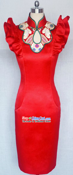 Chinese Classic Red Wedding Qipao for Brides