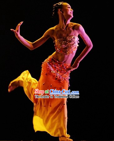 Traditional Chinese Yunnan Province Ge Ba Dance Costume for Women