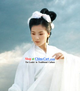 Ancient Chinese Wife White Costumes and Headwear for Women