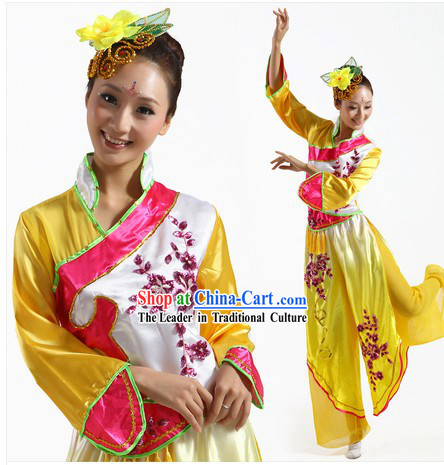 Chinese Classical Yangge Dance Clothes and Headpiece for Women