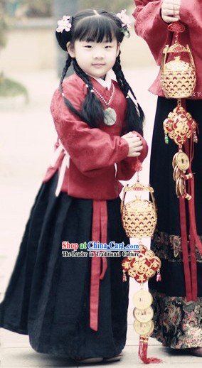 Ancient Chinese Ming Dynasty Robe and Skirt Clothing for Kids