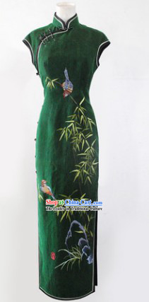Traditional Chinese Green Silk Embroidered Bird and Flower Cheongsam