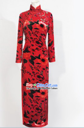 Traditional Chinese Red Silk Long Sleeves Cheongsam for Mother