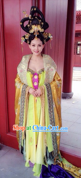 Chinese Traditional Empress Costumes and Hair Decorations Complete Set