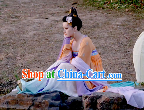 Chinese Tang Dynasty Dress and Hair Jewelry Complete Set for Women