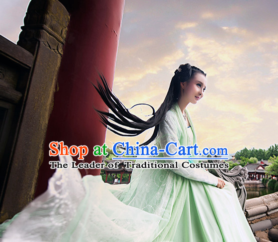 Chinese Ancient Light Green Super Female Hero Garment