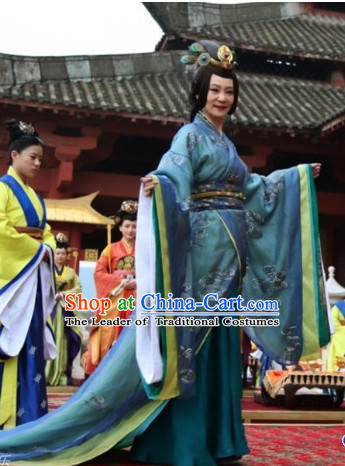 Period of the Northern and Southern Dynasties Chinese Costume Chinese Classic Costumes National Garment Outfit Clothing Clothes Empress Queen Costume and Hair Jewelry for Women