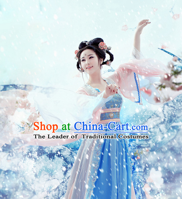 Chinese Ancient Beauty Costumes and Hair Accessories Complete Set for Women