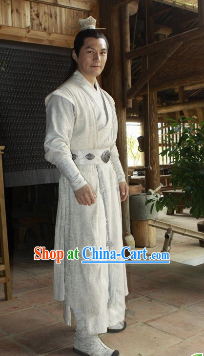 Chinese White Handsome Men Clothes and Coronet Complete Set for Men
