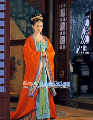 Ancient China Tang Dynasty Princess Costumes and Hair Accessories