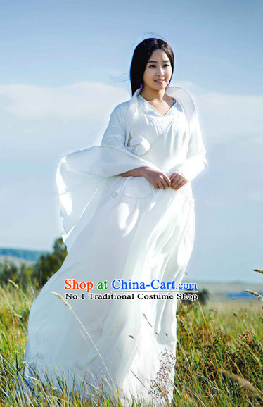 China Classical Dancing Costume and Hair Accessories for Women or Girls