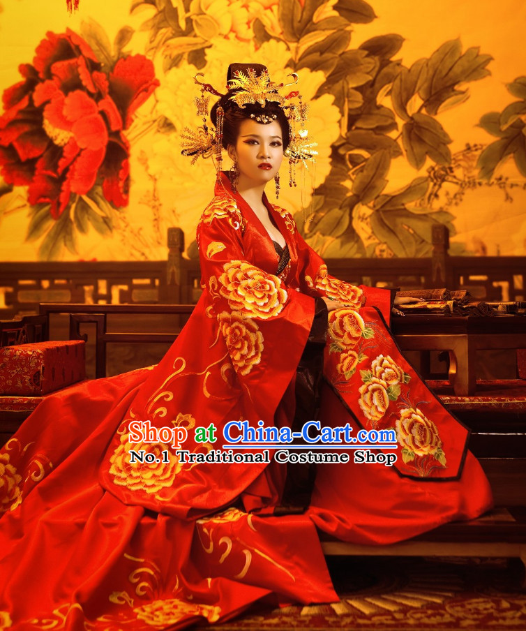 China Ancient Empress Clothes and Phoenix Hair Accessories