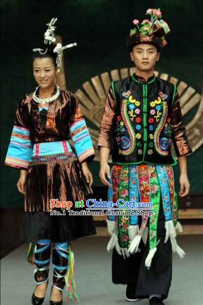 Oriental Clothing Chinese Traditional Husband and Wife Ethnic Clothes in China
