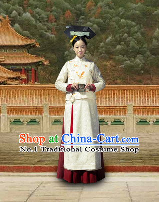 Chinese Traditional Manchu Embroidered Butterfly Qipao Cheongsam Attire