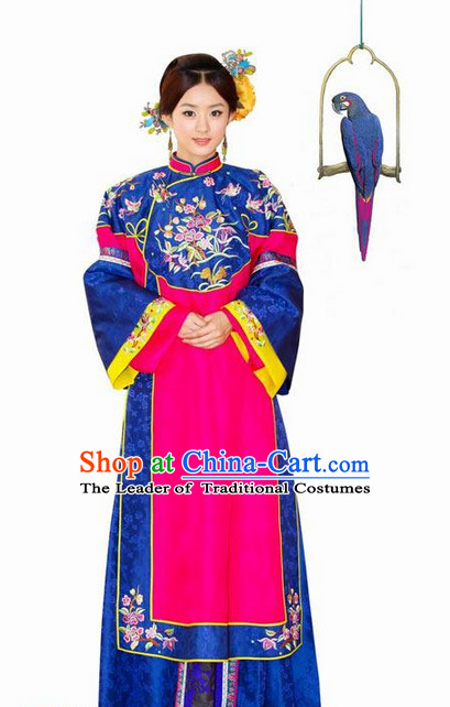 Ancient Chinese Noblewoman Clothing and Hair Jewelry Complete Set