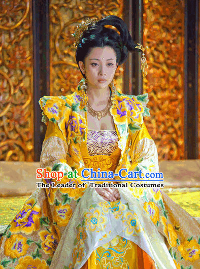 Tang Dyasty Queen Clothing and Hair Accessories Complete Set