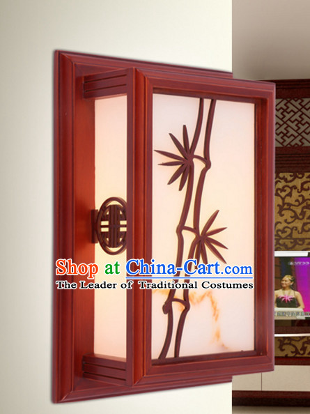 Chinese Ancient Handmade and Carved Natural Wood Wall Palace Lantern
