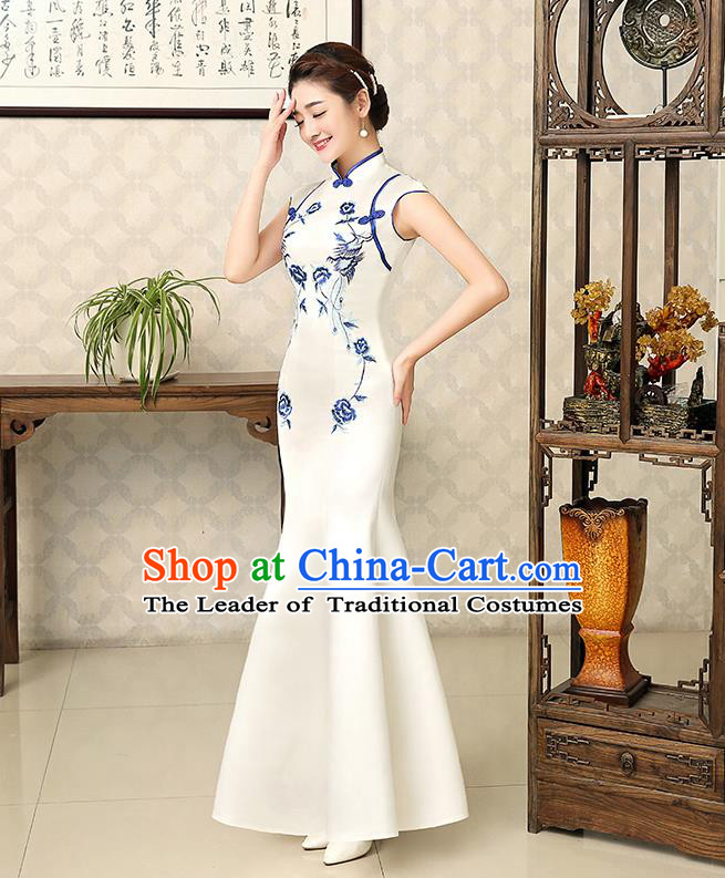 Ancient Chinese Costumes, Manchu Clothing Qipao, Retro Silk Mandarin Collar Embroidered Cheongsam, Traditional Fish Tail Cheongsam Wedding Toast Dress for Bride