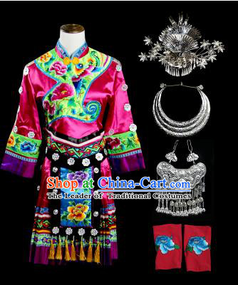 Traditional Chinese Miao Nationality Dancing Costume Accessories Necklace, Hmong Female Folk Dance Ethnic Pleated Skirt and Headwear, Chinese Minority Tujia Nationality Embroidery Costume and Hat for Women