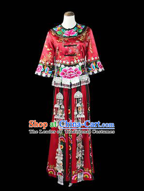 Traditional Chinese Miao Nationality Dancing Costume, Hmong Female Folk Dance Ethnic Pleated Skirt, Chinese Minority Miao Nationality Embroidery Costume for Women