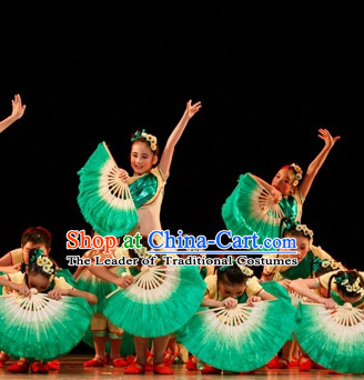 Chinese Folk Handmade White to Green Color Transition Dance Fans for Kids Children
