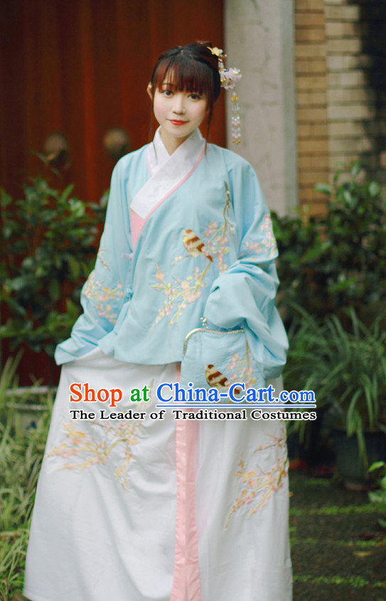 Traditional Chinese Ming Dynasty Blouse and Skirt Complete Set for Women