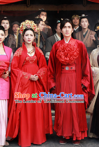 Chinese Ancient Han Dynasty Emperor and Empress Imperial Dresses and Hats Two Complete Sets for Men and Women