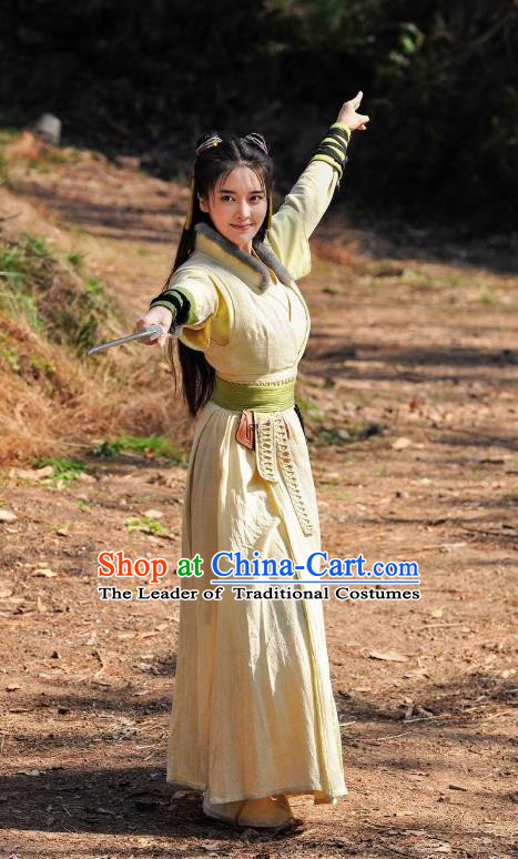 Traditional Chinese Song Dynasty Swordswoman Embroidered Costume, Asian China Ancient Heroine Dress Clothing for Women