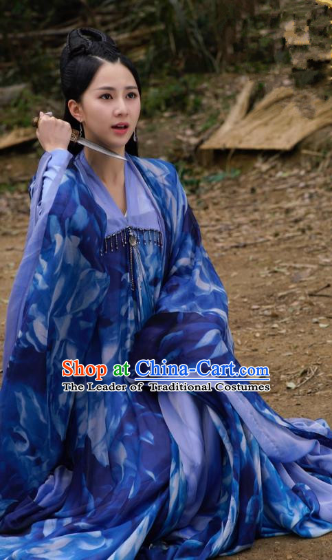 Asian China Northern and Southern Dynasties Palace Lady Fairy Costume, Chinese Lost Love In Times Traditional Acient Princess Embroidered Clothing