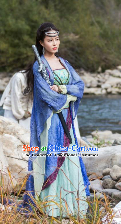 Asian China Tang Dynasty Swordswoman Costume, Traditional Chinese Ancient Chivalrous Women Clothing and Headpiece Complete Set