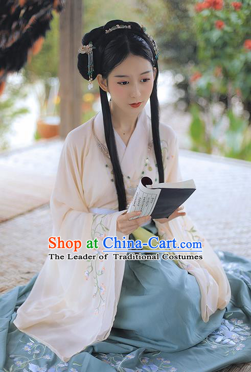 Asian China Han Dynasty Princess Costume, Traditional Ancient Chinese Palace Lady Embroidered Elegant Hanfu Clothing for Women