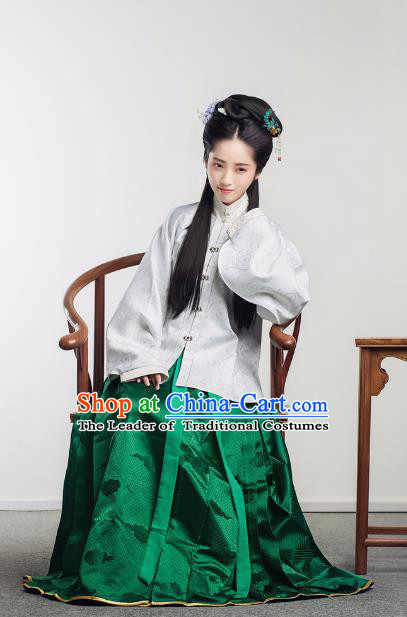 Traditional Chinese Ancient Costume Princess Embroidered Blouse and Green Skirt, Asian China Ming Dynasty Nobility Lady Hanfu Clothing for Women