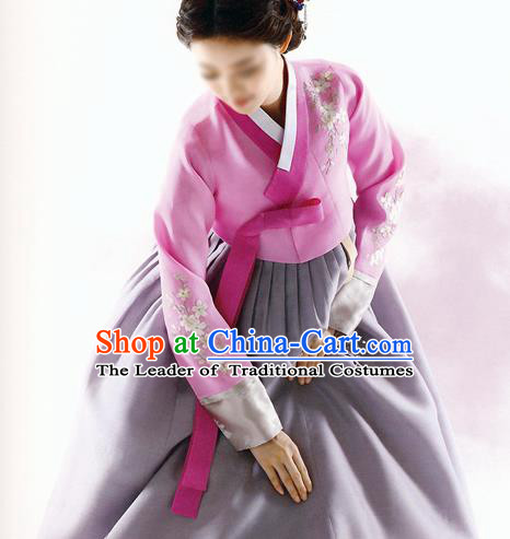 Traditional Korean Costumes Bride Formal Attire Ceremonial Pink Blouse and Grey Dress, Korea Hanbok Court Embroidered Clothing for Women