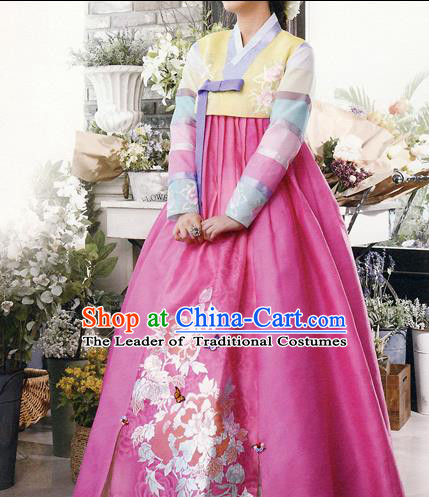 Traditional Korean Costumes Bride Formal Attire Ceremonial Yellow Blouse and Rosy Dress, Korea Hanbok Court Embroidered Clothing for Women