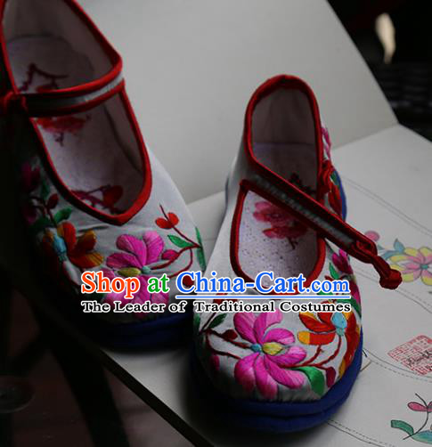 Traditional Chinese Ancient Princess Cloth Shoes Embroidered Shoes, China Handmade Embroidery Lotus Hanfu Shoes for Women