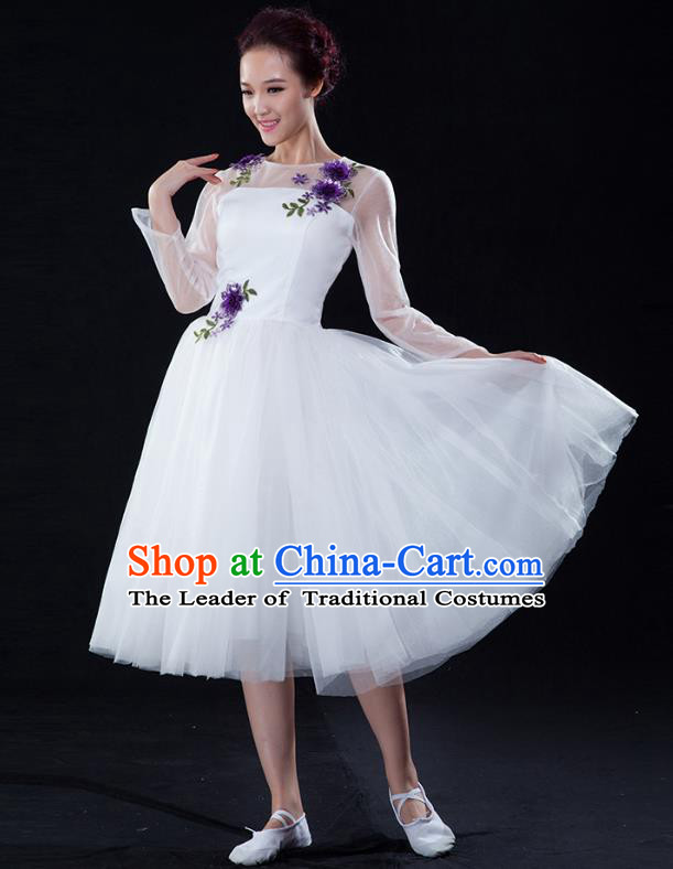 Traditional Chinese Modern Dance Fan Dance Costume, Opening Dance Chorus White Bubble Dress Clothing for Women