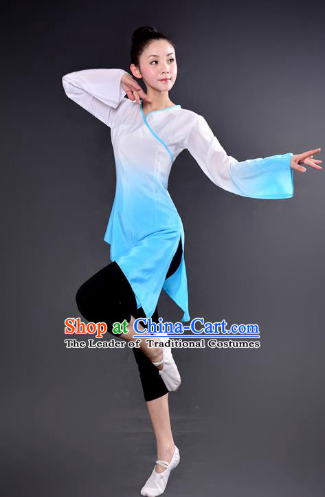Traditional Chinese Yangge Fan Dancing Costume, China Folk Dance Yangko Dance Light Blue Dress For Women