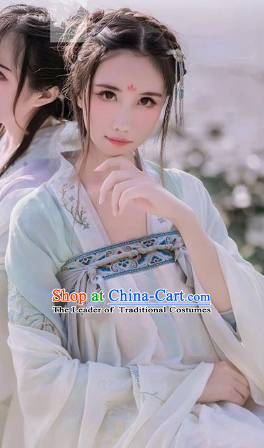 Traditional Ancient Chinese Female Costume Blouse and Dress Complete Set, Elegant Hanfu Clothing Chinese Tang Dynasty Embroidering Pavilions Palace Princess Light Green Clothing for Women