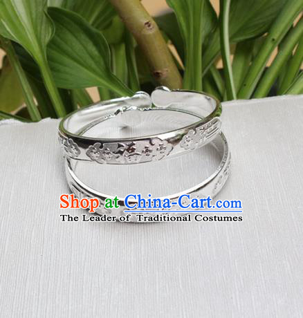 Traditional Chinese Miao Nationality Crafts Jewelry Accessory Bangle, Hmong Handmade Miao Silver Bracelet, Miao Ethnic Minority Chinese Character Fortune Bracelet Accessories for Women