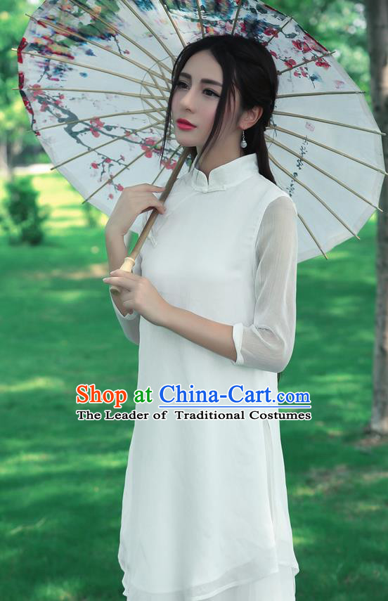 Traditional Chinese National Costume, Elegant Hanfu Silk Slant Opening Long White Blouse, China Tang Suit Republic of China Plated Buttons Blouse Cheongsam Upper Outer Garment Qipao Shirts Clothing for Women