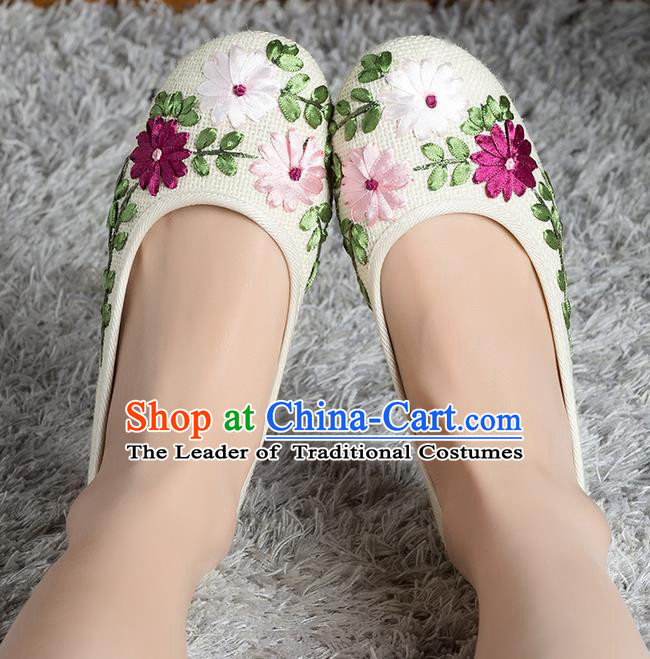 Traditional Chinese Shoes, China Handmade Linen Embroidered White Shoes, Ancient Princess Cloth Shoes for Women