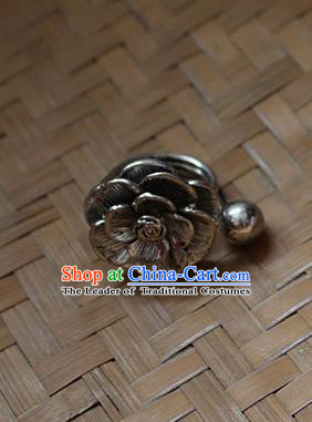 Traditional Chinese Miao Nationality Crafts Jewelry Accessory Classical Flower Ring, Hmong Handmade Miao Silver Palace Finger Ring, Miao Ethnic Minority Ring for Women