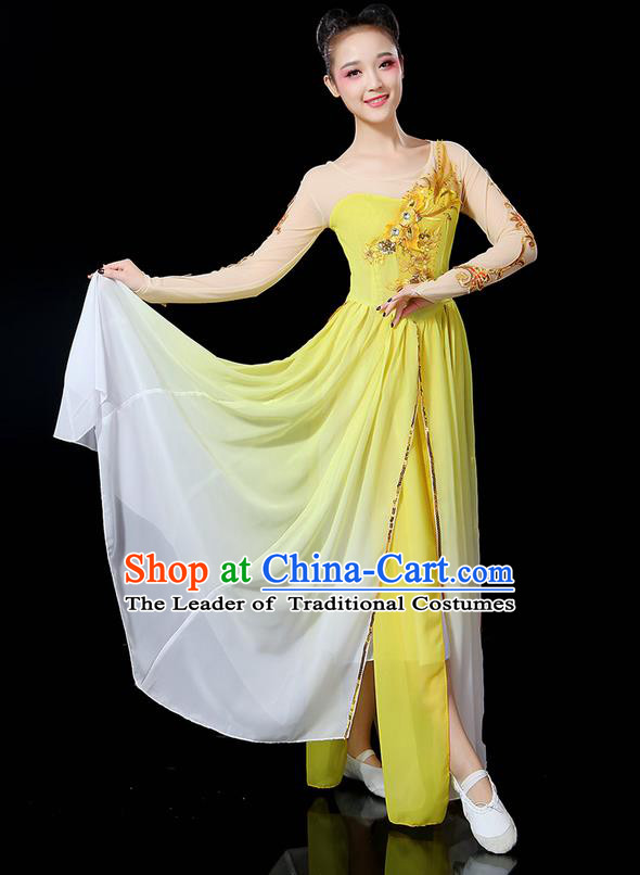 Traditional Chinese Yangge Fan Dancing Costume, Folk Dance Yangko Uniforms, Classic Umbrella Dance Elegant Dress Drum Dance Sequins Phoenix Yellow Clothing for Women