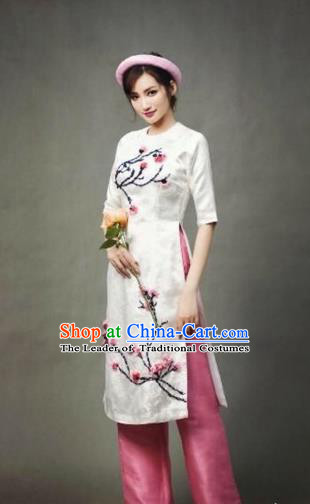 Traditional Top Grade Asian Vietnamese Costumes Dance Dress, Vietnam National Female Handmade Queen White Embroidery Flowers Ao Dai Dress Cheongsam Clothing for Women
